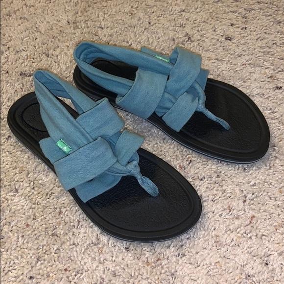 Sanuk Shoes | Sale Sandals | Poshmark